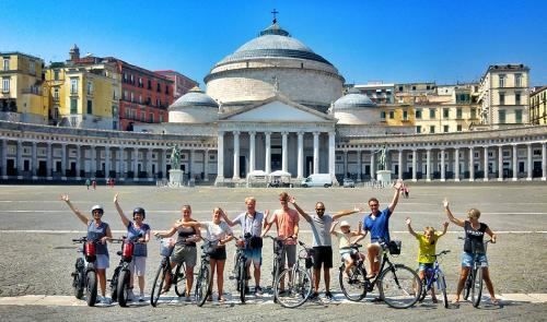 cycling naples